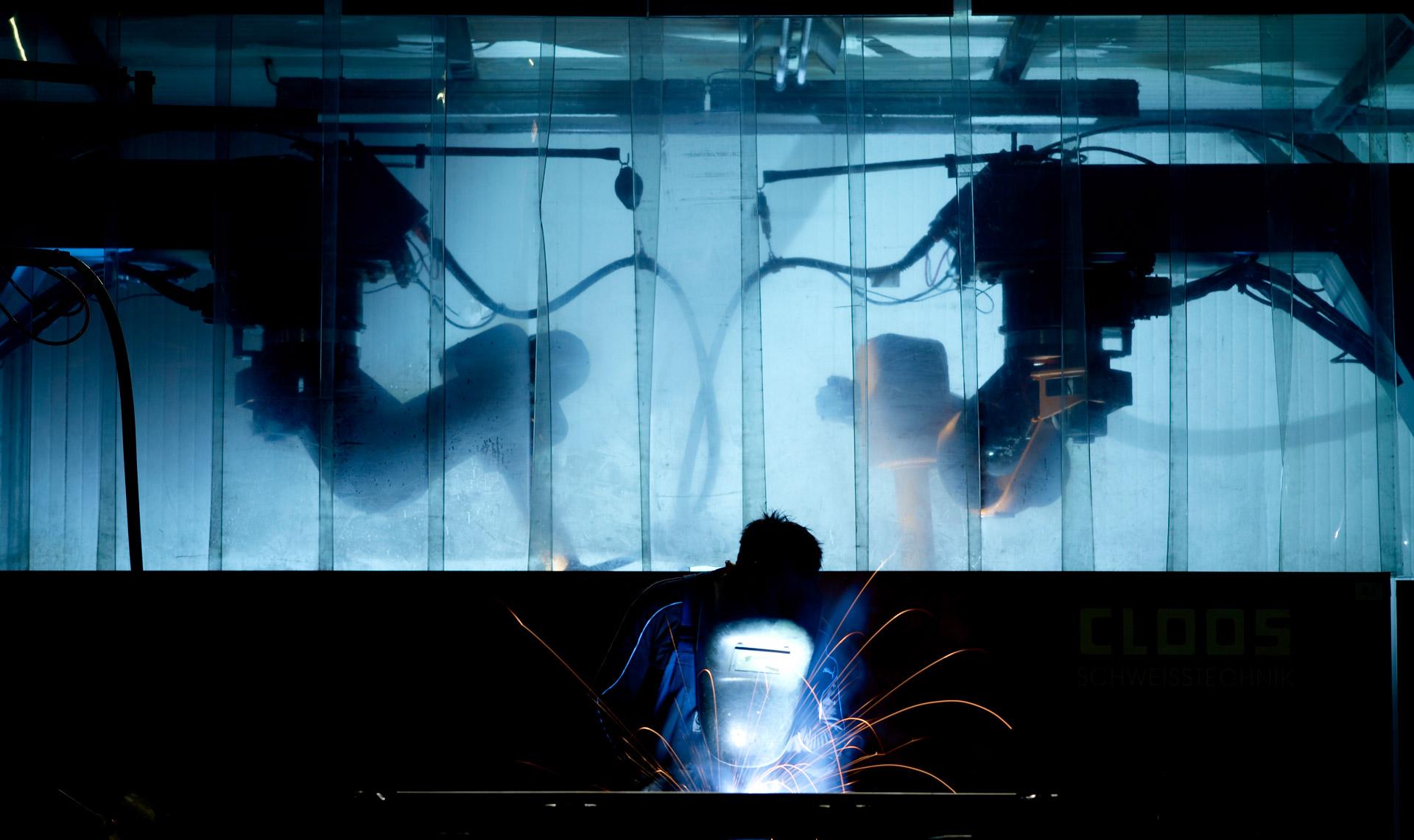 Glüpker Blechtechnologie: Schweißen / Welding