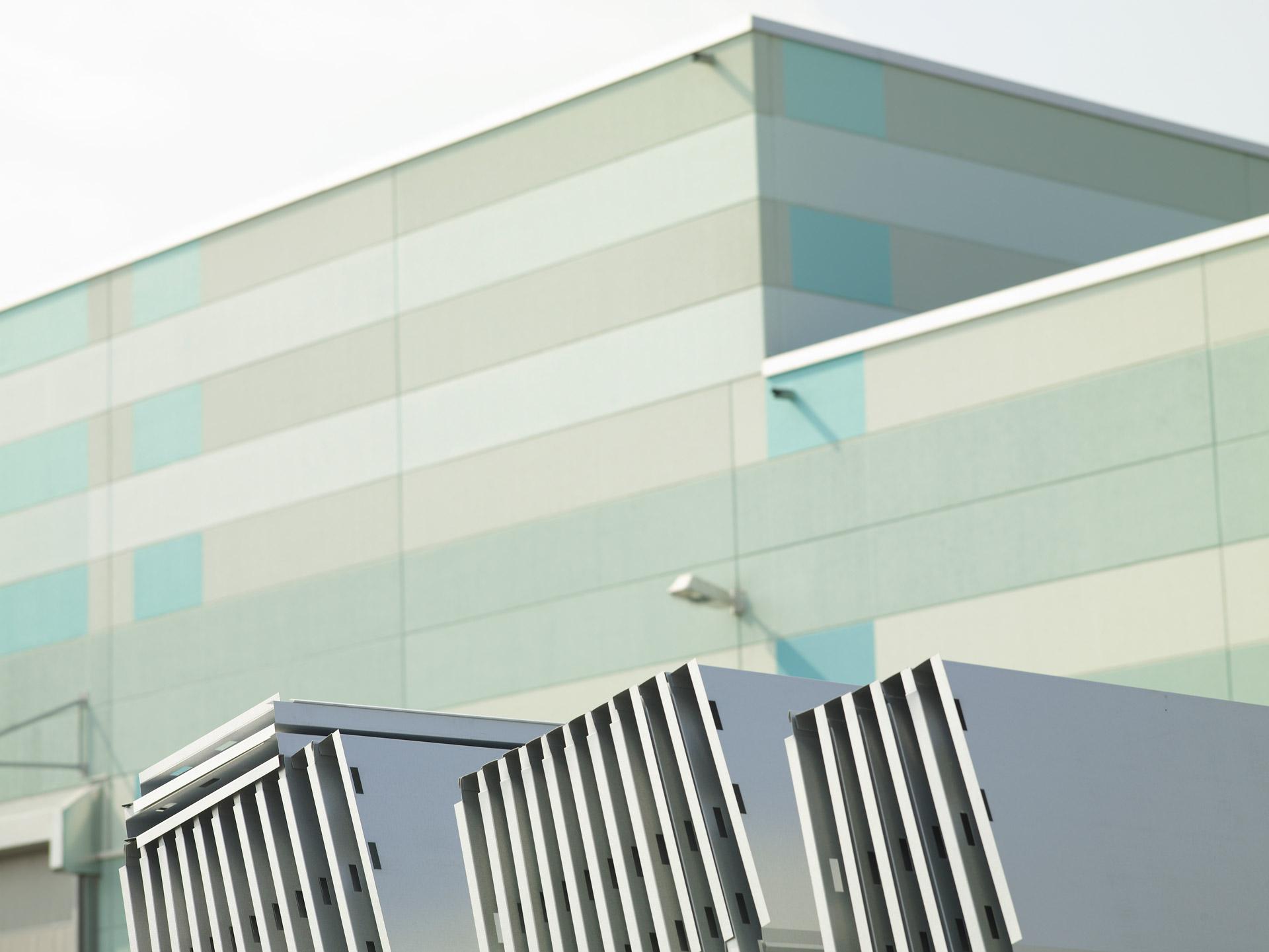 Glüpker Blechtechnologie: Neuenhaus Performance