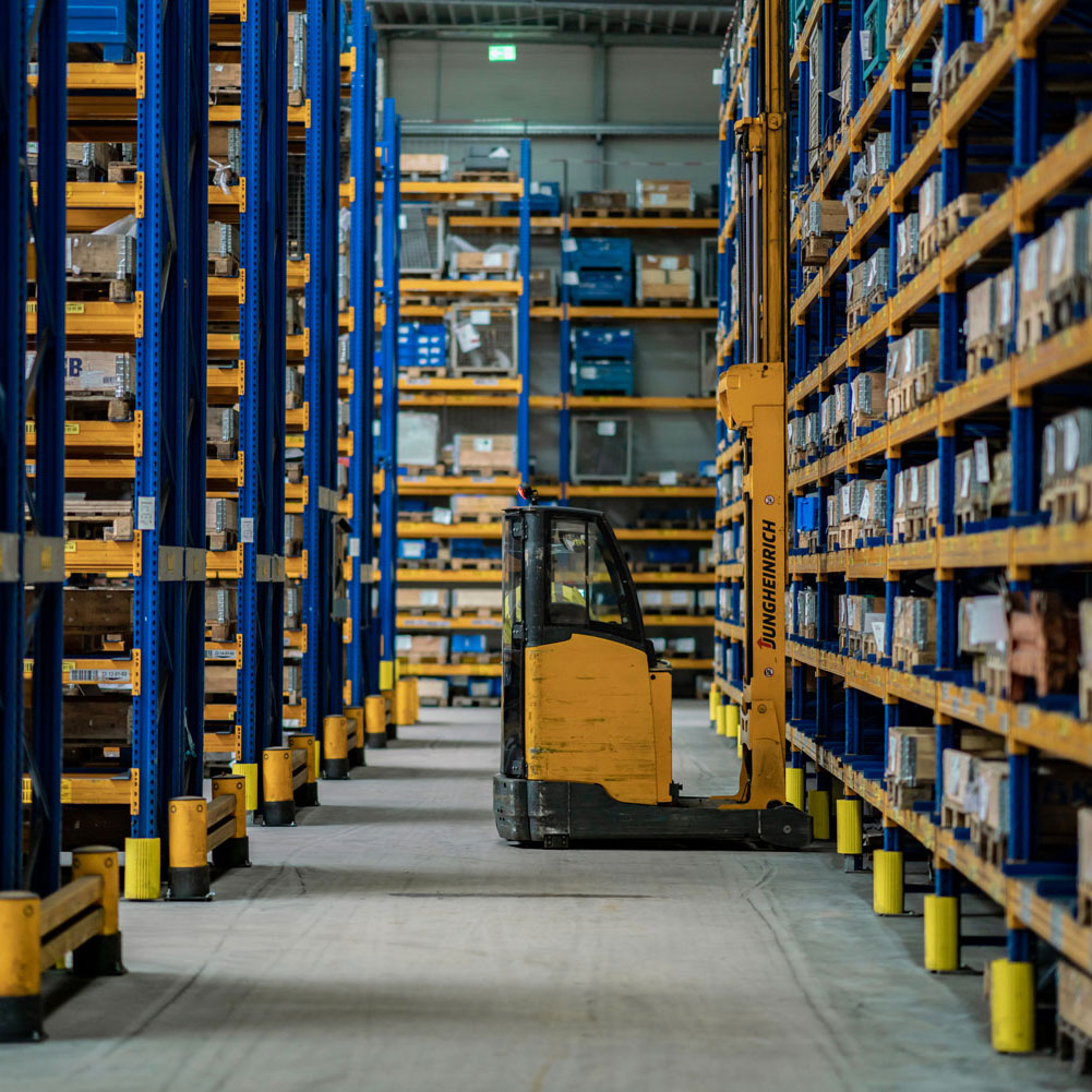 Glüpker Blechtechnologie: Logistik / Logistics